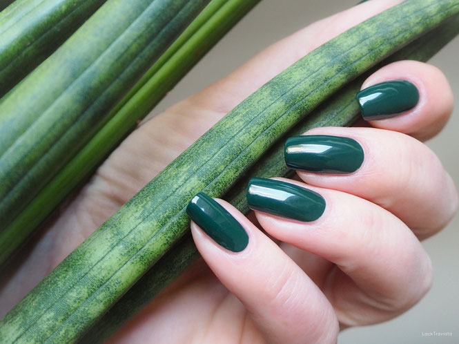swatch essie off tropic