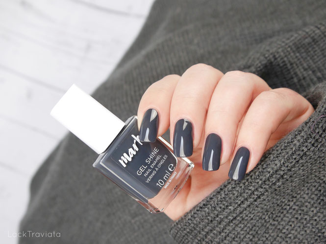 mark. by AVON • CHARCOAL SMOKE