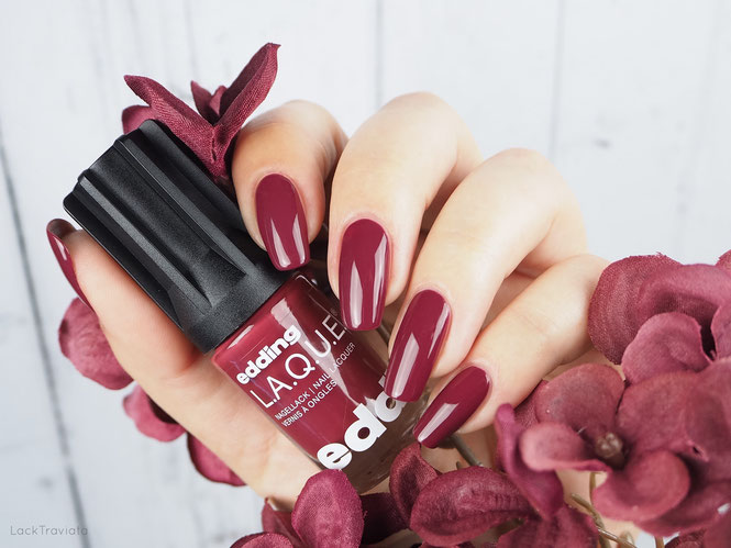 swatch edding L.A.Q.U.E. • bright burgundy