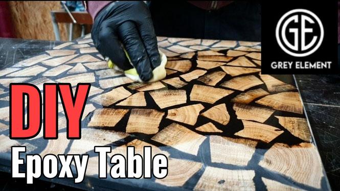Beistelltisch aus Epoxidharz und Holz bauen