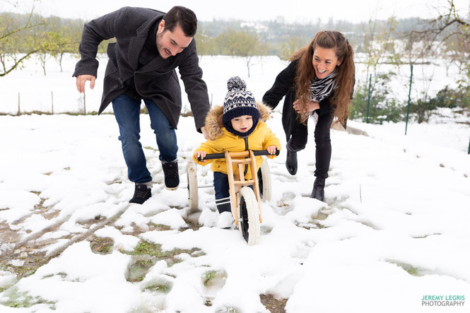 Photo de famille dans la neige - Jérémy Legris Photographe - Grenoble