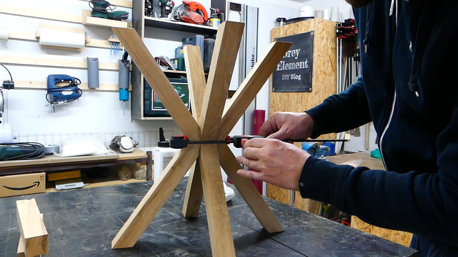 Einen DIY Beistelltisch selber bauen