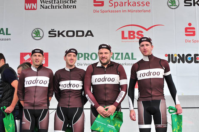 Platz 2 in der TEAMWERTUNG/ radrooTEAM beim Münsterland Giro 2015
