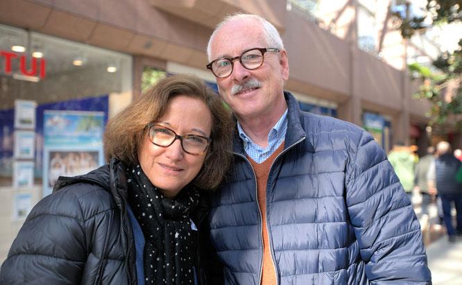 Ehepaar Mari und Rainer Lapp kommen gern ins NWZ © rheinmainbild/Klaus Leitzbach
