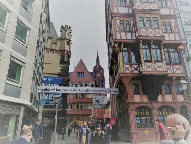 Neue Altstadt Frankfurt - Der Krönungsweg © Klaus Leitzbach/frankfurtphoto