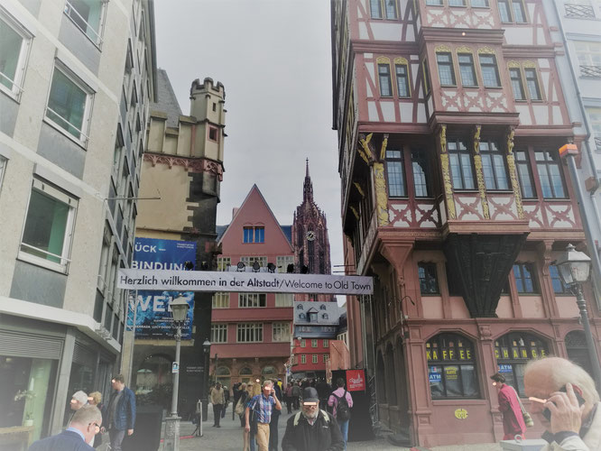 Neue Altstadt Frankfurt - Der Krönungsweg © dokubild.de / Klaus Leitzbach