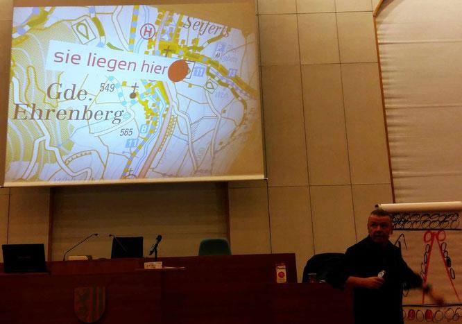 Jürgen Krenzer lag genau richtig mit seinem Seminar gestern im Neuen Rathaus.