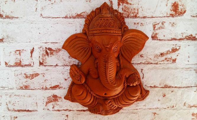Frisch aus Indien importiert, wird dieser Ganesha im homeLE seinen Ehrenplatz erhalten.