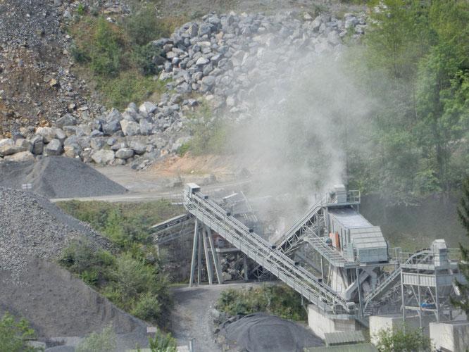 Pollution sonore, poussières tout au long de l'année, à Oloron Sainte Marie, sans parler des camions.