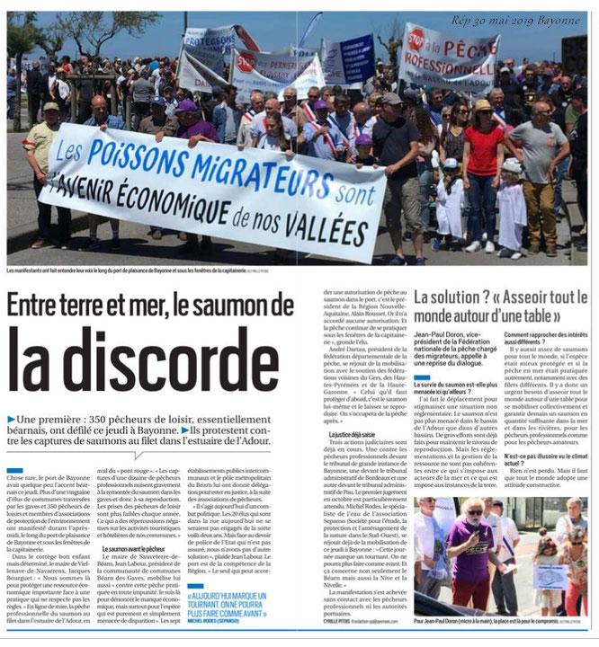 L'ACCOB était présente sur la manifestation saumon sur le port de Bayonne avec Salmo Tierra et des dizaines d'associations de pêche et plus