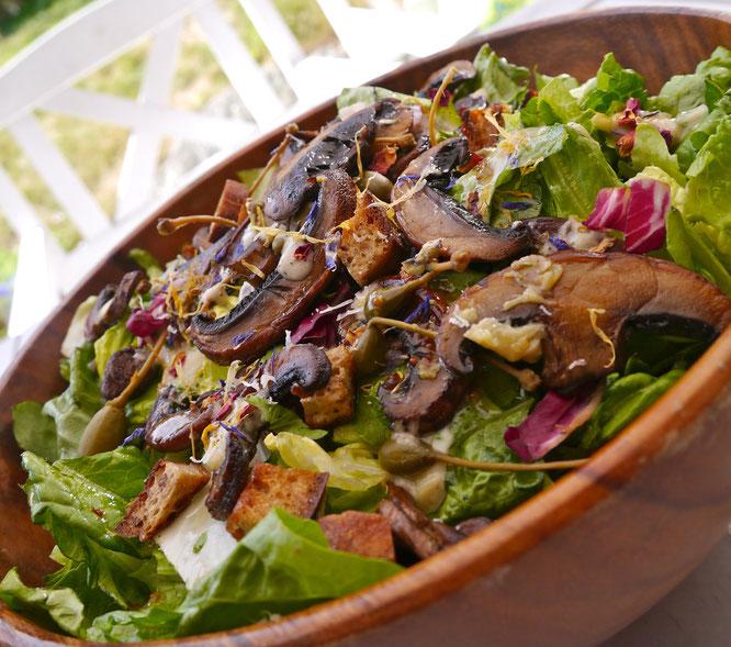 cæsarsalat portobellosopp vegetarsalat oppskrift