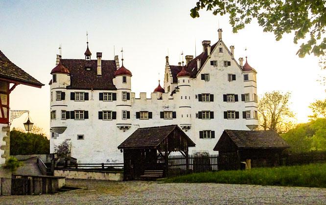 schon fast unglaublich, wenn man sich vorstellt, wie man vor 400 Jahren ein solches Schloss in nur 11 Wochen aufbauen konnte!