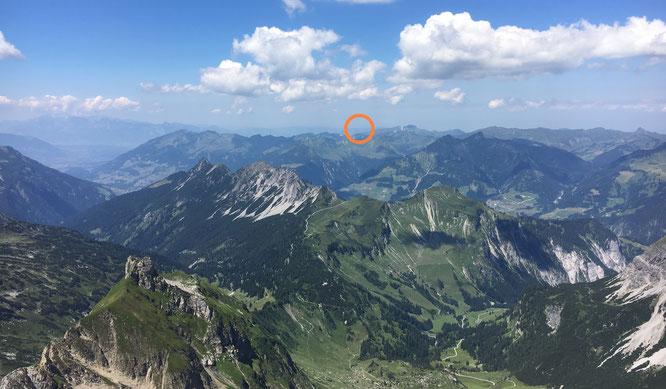 ... und so sehen es die Alpinisten vom Gipfel aus; Foto D. Keller