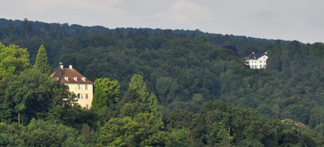 die Schlösser der beiden Geschwister heute: Arenenberg (Hortense) und Eugensberg (Eugène); Sicht vom Untersee aus