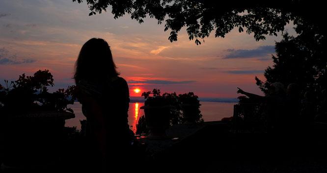 Sonnenuntergang am längsten Tag des Jahres hinter der Höri