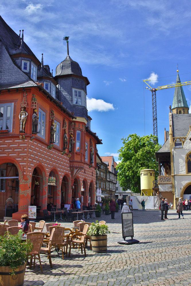 Farbenfrohe Fassaden in Goslar - fluegelwesen.de