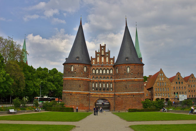 Shoppen und Schlemmen in Lübeck - fluegelwesen.de