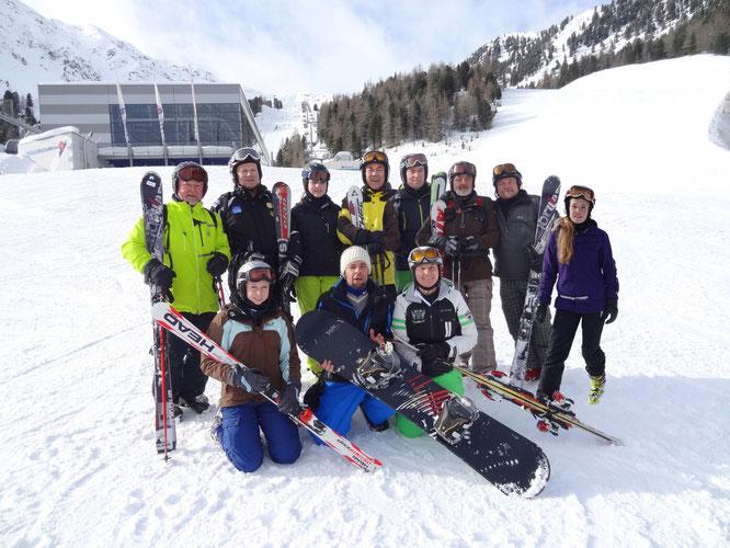 (Übungsleiterteam Ski alpin und Snowboard 2013)