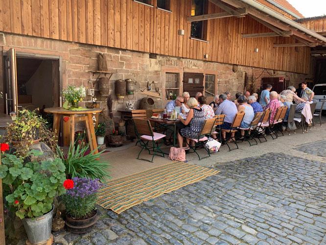 """Treffen der Sparkassen-Senioren im Café """"Schönemühle"""""""
