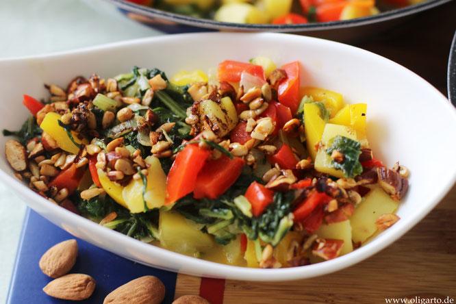 Bunte Gemüsepfanne mit Stielmus und salzigem Granola Oligarto Rezepte