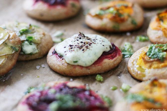Backen Salziges mit Olivenöl Gemüse Fladen Oligarto Rezepte Male placicky se zeleninou a lahodnou salsou