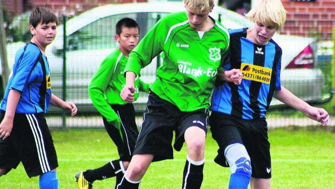 Mit 7:1 setzte sich die 1. C-Junioren der JSG gegen die SG Wagrien/Gremersdorf durch. ·© Foto: lb