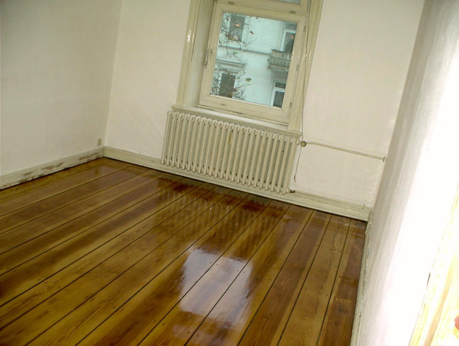 Floorboards with Le Tonkinois oil, high polished