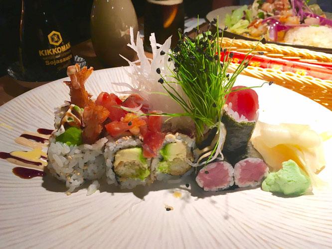 Fast, aber nur fast zu schön zum Essen, das Sushi-Arrangement im Papa Umi