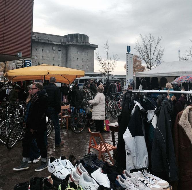 Der Flohmarkt im Karolinenviertel findet jeden samstag statt