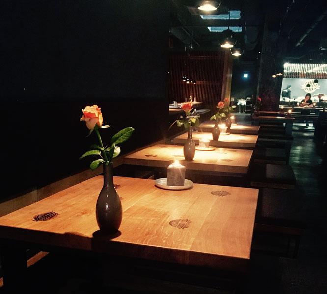 Offene Räume, offene Küche - das Interieur des Papa Umi bietet viel Platz für Genuss