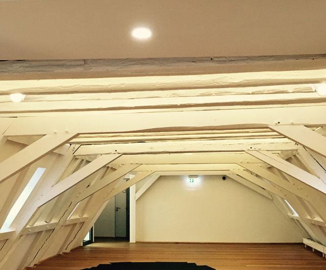 Diese Deckenbalken erwarten Euch im 2. Obergeschoss der kurfürstlichen Burg