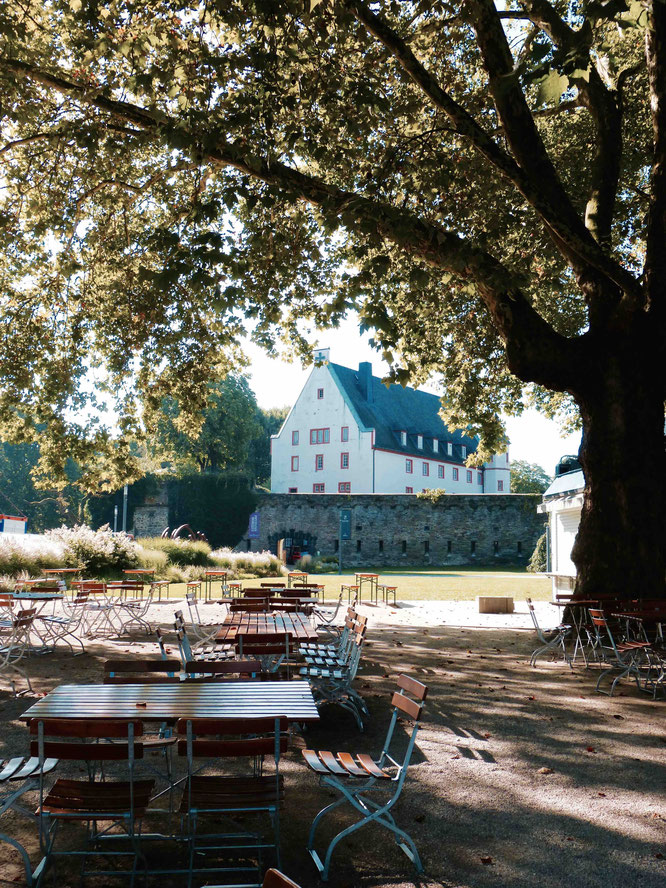 Biergarten in Koblenz am Deutschen Eck
