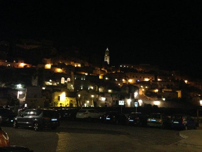 Matera bei Nacht