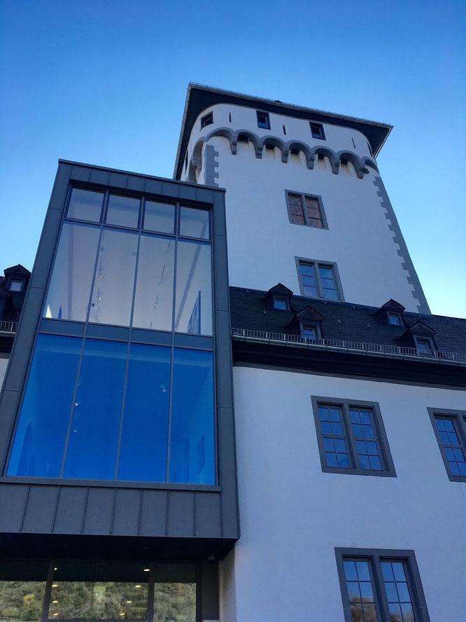 Moderne und Historie - Bereits von Außen bietet das Museum Boppard interessante Widersprüche