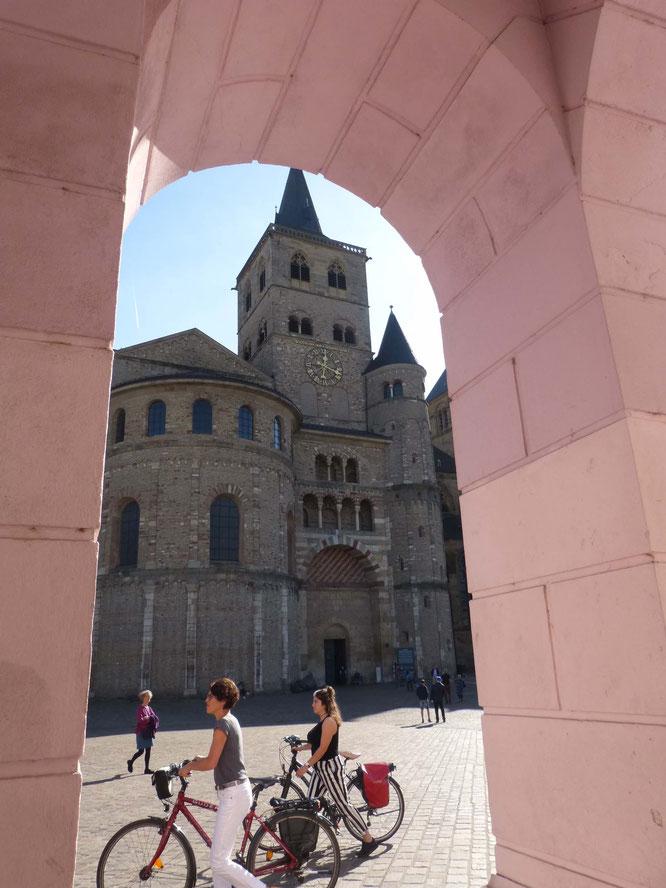 Auch wenn es für mich im Dom keinen römischen Moment gab, gehört er natürlich zu den MUST-SEES in Trier.