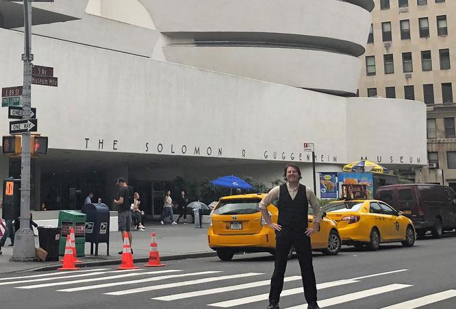 @Steve #NYC 2020 ...Solomon R. Guggenheim Museum, 1071 Fifth Avenue on the corner of East 89th Street in the Upper East Side neighborhood of Manhattan, New York City.
