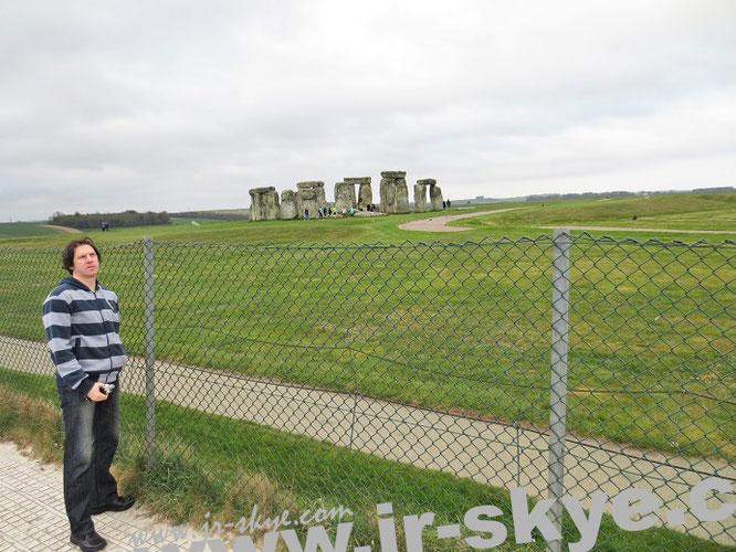 Eines meiner meistbesuchten Adressen außerhalb des kontinentalen Europa, diesmal lediglich für wenige Minuten: Stonehenge auf meinem Weg nach Wales...