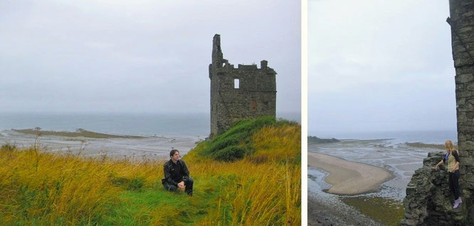 """Of dead kingdoms i recall the soul..."" - scheinbar unspektakulär: Dunure Castle... - ""...stands on a rocky promontory on the Carrick coast. From this point, you are able to enjoy the small harbour of Dunure."""