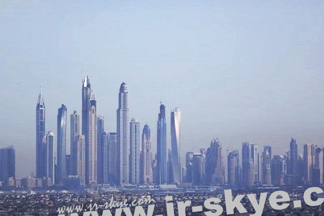 """Dubai, Skyline. My location: Palm Jumeirah Oceana Residences, Palm Jumeirah, Dubai 125032 (25° 7′ 10″ N, 55° 7′ 57″ E)."""