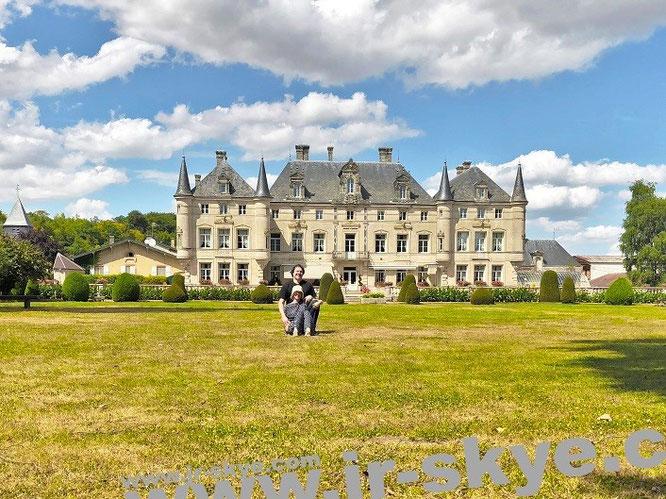 Von 1694 scheinbar in die 1930er Jahre katapultiert: Château des Monthairons