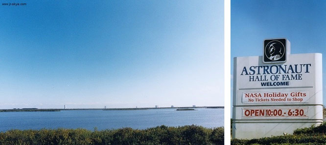Foto Nr. 1 zeigt die Launch-Pads etwas abseits des gebäudelastigen Teils des Kennedy-Space-Center.  Höhepunkt (m)eines Cape Canaveral-Besuchs: Fahrt im nahezu menschenleeren NASA-Bus am frühen Morgen, kurz nach Öffnung der KSC-Gates (unten rechts)...
