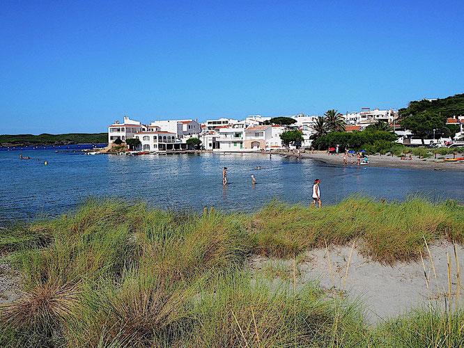 das Dorf vom Strand aus gesehen