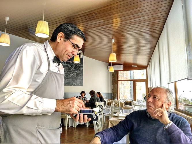 wenn beide, Gast und Kellner, beim Zahlen schmunzeln, stimmt das Preis-Leistung-Verhältnis des Restaurants