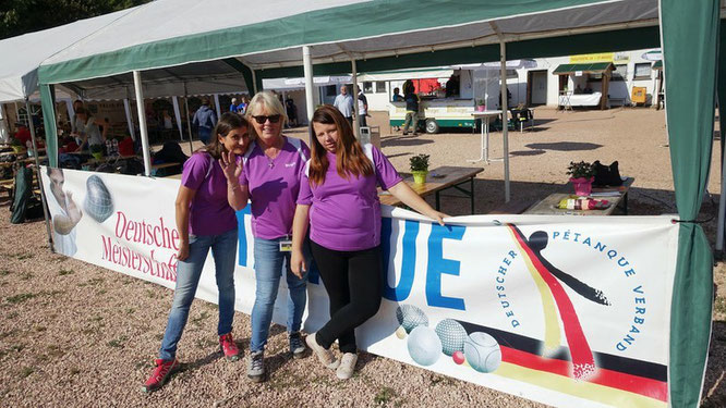 v.l.n.r.: Ildiko, Birgit und Sabrina