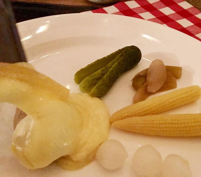 Raclette In Der Taverne Zur Alten Münz Chäs Chäller Luzern