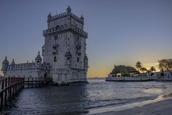 Lisbona - Torre de Belem al tramonto