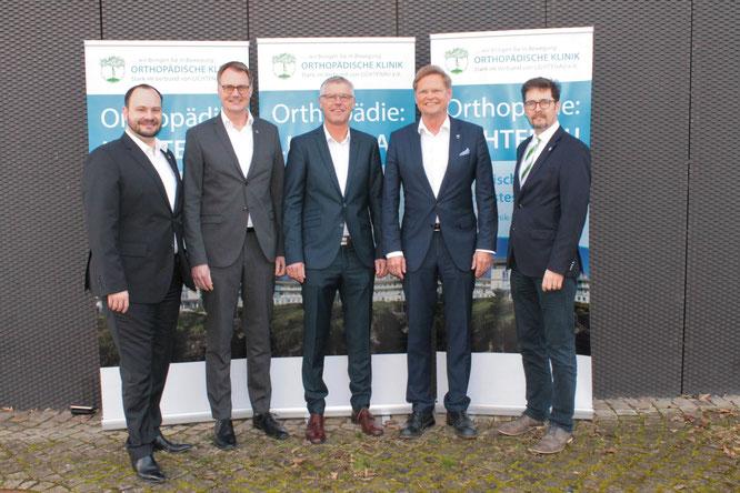 v.l.: Matthias Adler, Dr. Olaf Topp, Dr. Frank Döring, Dr. Gerd Rauch und Pfarrer Dieter Christian Peuckert