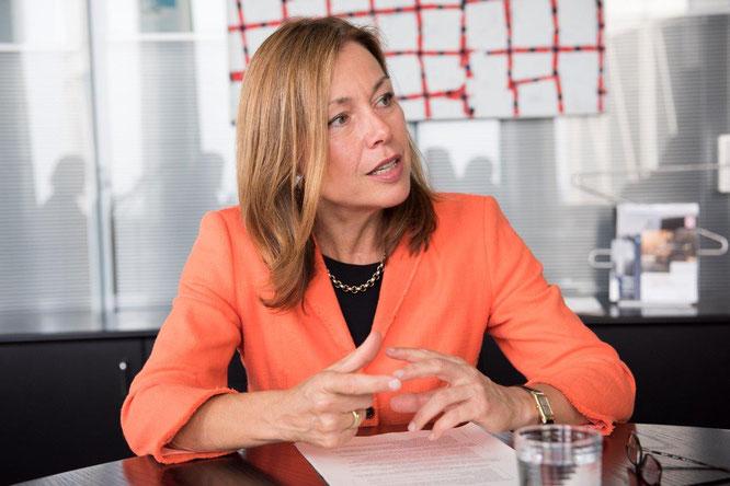 Frau Ursula Mathar- Konzernplanung und Produktstrategie, Nachhaltigkeit und Umweltschutz- BMW Group