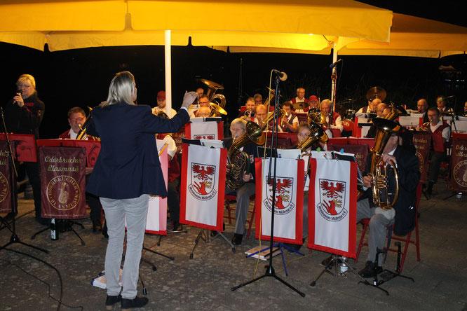 Die Oderbrucher Blasmusik und der Musikverein Müllrose spielen am großen Müllroser See