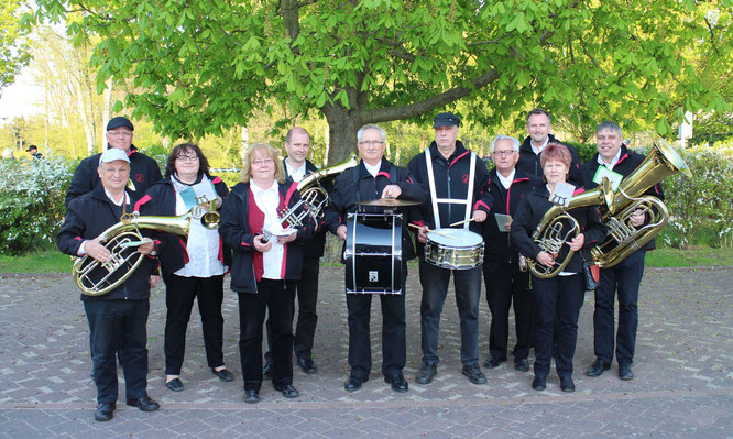 Frühlingserwachen mit Klängen der Oderbrucher Blasmusik im Gorgaster Park